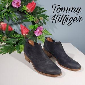 HUGE SALE! Tommy Hilfiger black booties 10 leather